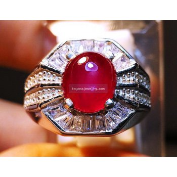PIGEON BLOOD RUBY RING.  batu permata